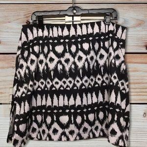 AW Golf Allyson Whitmore Black & White Skirt Skort